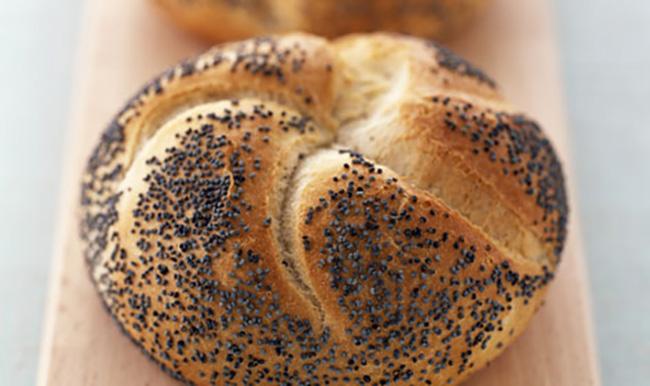 poppy-seed-roll